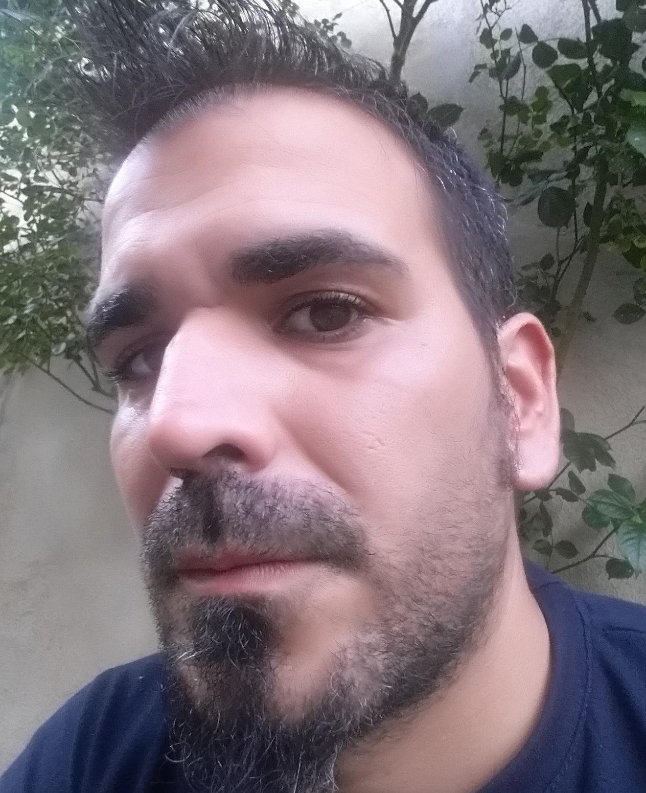 Raúl Cañes